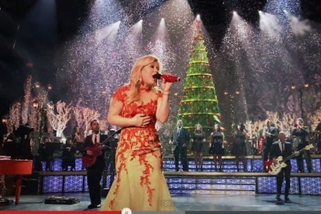 Kelly Clarkson's 'Underneath the Tree' Video Gives Behind-the-Scenes Look at Television Christmas Special | Music Misc | Scoop.it