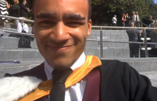 Graduating student becomes first in UK to capture the moment using Google Glass - News releases - News - The University of Sheffield