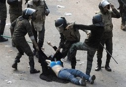 Mobs of Sickening Egyptian Army beats Isolated Peacefull Demonstrator to Death ...   Mapmakers   Scoop.it