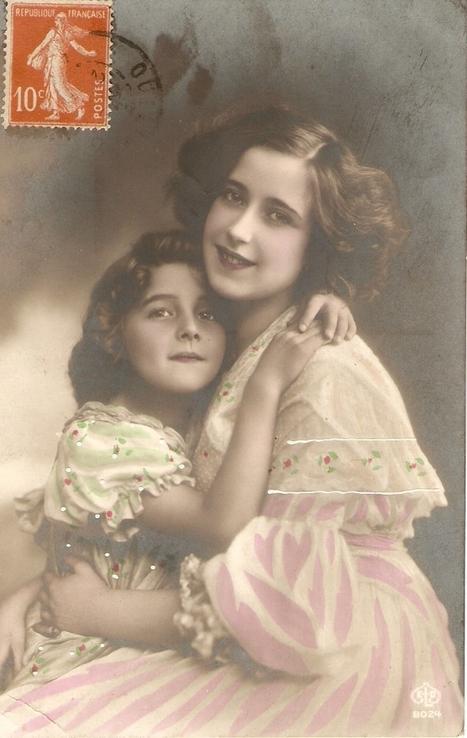 Bonne fête grand-mère ! | Généalogie | Scoop.it