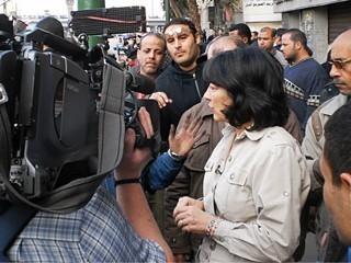 ABC News' Christiane Amanpour Reports on the Protestors' Fight in Egypt | La revolución de la prensa digital | Scoop.it