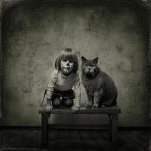 Un chat, une petite fille, une amitié immortalisée par de superbes photos | CaniCatNews-actualité | Scoop.it