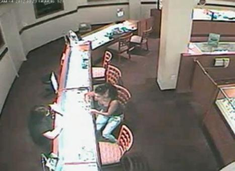 Surveillance Video: Florida woman tries on engagement ring in store -- and runs out!   The Billy Pulpit   Scoop.it