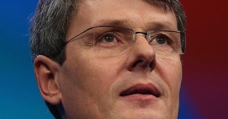 BlackBerry to Cut 4,500 Jobs, Will Take Nearly $1 Billion Loss | CLSG Economics: BUSINESS ECONOMICS | Scoop.it