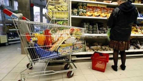 Les Français ont moins consommé en cette fin d'année, selon l'Insee - France - RFI | Pommes de terre transformées | Scoop.it