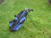 ensemble golf Projunior sac trépied + fers   www.Troc-Golf.fr   Troc Golf - Annonces matériel neuf et occasion de golf   Scoop.it