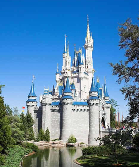 """You've Got To See How People Are Getting Around Disney World's """"No Costumes"""" Rule   levin's linkblog: Pop Culture Channel   Scoop.it"""