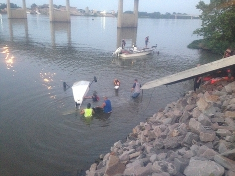 Pilot OK After Crash-Landing Small Plane In Arkansas River - Times Record   OHS, the Aviation industry & Myself   Scoop.it