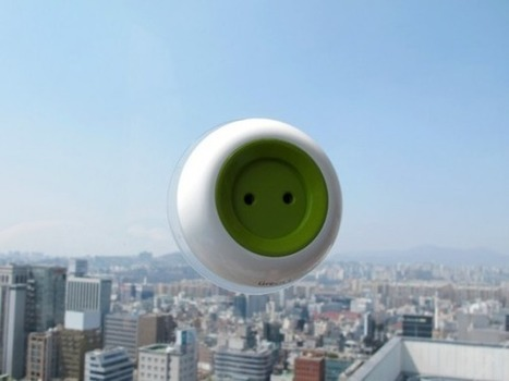Window Socket: Portable Solar-Powered Outlet Sticks to Windows, Charges Small Electronics | Arquitetura e Design | Scoop.it