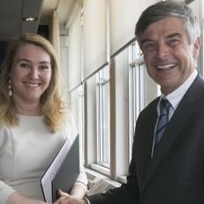 Minister helpt neutraal ICT-platform op weg | ICT trends | Scoop.it