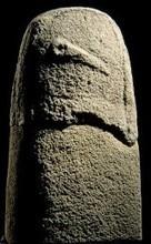Qu'est-ce qu'une statue-menhir ?   Mégalithismes   Scoop.it