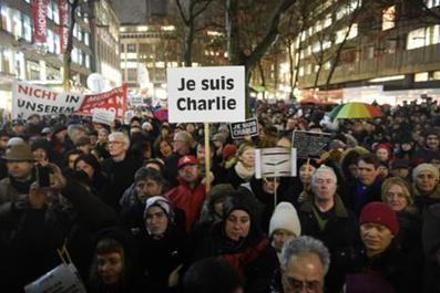 Pas en notre nom :  la Journée mondiale de la liberté de la presse, 116 jours après l'attentat de Charlie Hebdo | Journalisme & déontologie | Scoop.it