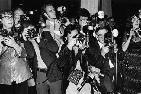 Are The Paparazzi Just Doing Their Job, Or Are They Overstepping Their Boundaries?   Photography and society   Scoop.it