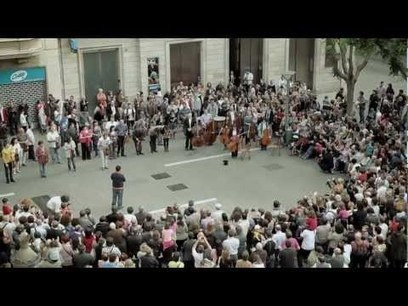 "Som Sabadell flashmob - BANCO SABADELL | What is ""Internet Marketing?"" | Scoop.it"