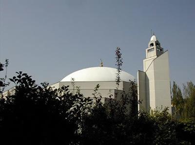 LYon-Actualités.fr: Le ramadan 2011 débute le 1er août (horaires sur GMLtv et Al-kanz.org)   LYFtv - Lyon   Scoop.it