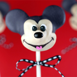 Mickey Mouse Cake Pops | Food | Disney Baking Recipes | Scoop.it