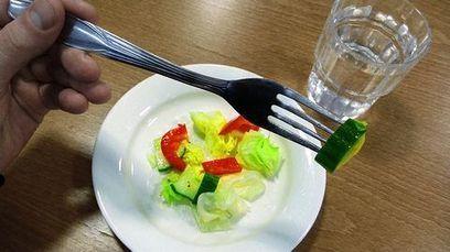 Asiantuntija varoittaa: Älkää syökö liian hyvin – seuraukset voivat olla kohtalokkaita | Ruoka | Scoop.it