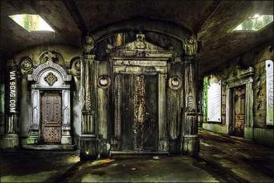 Abandoned crypt in Brussels | Modern Ruins, Decay and Urban Exploration | Scoop.it