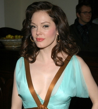 Rose McGowan Bra Size, Weight, Height, Body Measurements | Celebs Wiki | Celebrities Height, Weight, Bra Size | Scoop.it