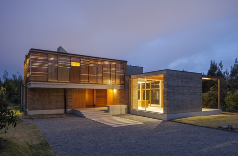 Continuity through Variation: Cotacachi House by Arquitectura X   sustainable architecture   Scoop.it