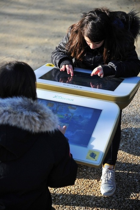 France: JCDecaux Unveils Outdoor Digital Playground in Paris | Altland Paris | Scoop.it