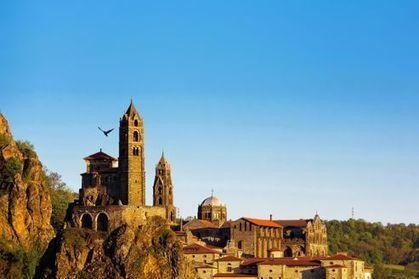 Le Puy-en-Velay, capitale du chemin de Saint-Jacques | Le Tourisme en Haute-Loire | Scoop.it