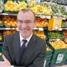 Should Tesco continue to grow in the UK or is their withdrawal from the US a clear sign that their time as a major player in the supermarket industry is coming to an end