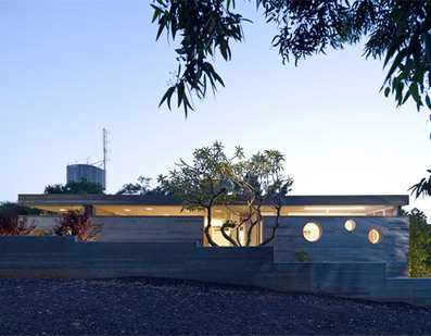 Pitsou Kedem's house influenced by its Modernist neighbours | Concrete.Network | Scoop.it