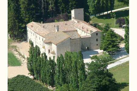 Agriturismo Abbazia di San Salvatore in Valdicastro: live the history in Le Marche | Le Marche Properties and Accommodation | Scoop.it