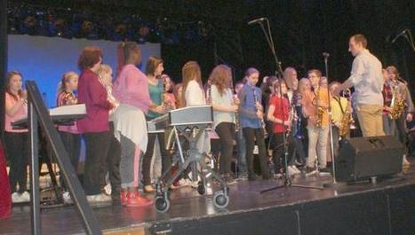 Outreau : ils ont distribué du bonheur en musique | Actualité lycéenne  Lycée Mariette | Scoop.it