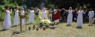 The Greeks who worship the ancient gods | Ancient Religion & Spirituality | Scoop.it