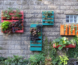 Creative Recycling | Wooden Pallets | | materialicious | Artistic Line Designs-all free | Scoop.it