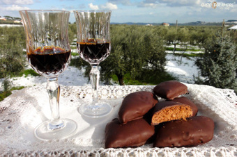 """""""Mostaccioli"""", Cookies to be served with """"Vino Cotto"""" 