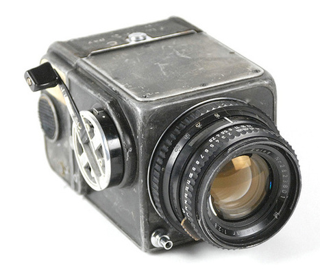 The First Hasselblad in Space is Up for Auction, and It Comes with the First ZEISS Lens in Space   L'actualité de l'argentique   Scoop.it