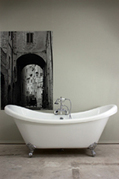 Baths of Distinction:Pedestal Tub,Clawfoot Tub,Vintage Tubs | bookmark | Scoop.it