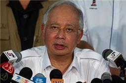 Malaysia PM dissolves parliament   Southeast Asia CyberWatch   Scoop.it