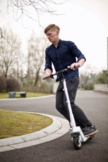 Airwheel Mini Mobility Self Balancing Scooter Leads The World Market. | Press_Release | Scoop.it