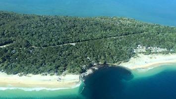 #Scuba divers explore massive sinkhole at Australian beach | Scuba Diving | Scoop.it