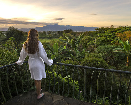 Green and Glamorous: 10 Luxury eco-resorts | Go Green and help the Planet! | Scoop.it