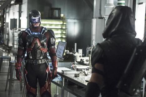 'Arrow' Season 4 Star Stephen Amell Appears In New Promo For 'Legends Of Tomorrow' Focused On Atom | ARROWTV | Scoop.it