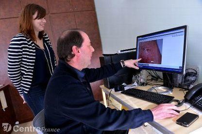 Face au manque de dermatologues dans la Nièvre, un expert consulte sur photos | Télémedecine en pratique | Scoop.it