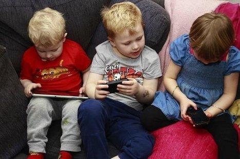 Tablette et smartphone pourraient être un danger pour la motricité des enfants | Education des minorités | Scoop.it