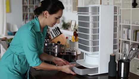 This Desktop Edible Insect Hive Grows Your Daily Protein At Home | Vertical Farm - Food Factory | Scoop.it