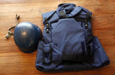 Qu'y-a-t-il dans le sac d'un photographe de guerre ? | Phototrend.fr | Evolution et développement | Scoop.it