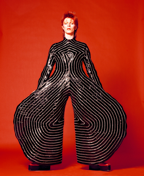 Dezeen selects 10 of David Bowie's most iconic moments | Inspired By Design | Scoop.it
