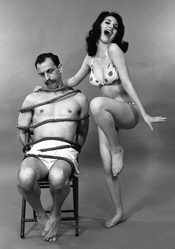 Hell yes. Who doesn't like a little humor with their BDSM? | Sex History | Scoop.it