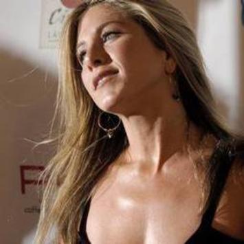 Jennifer Aniston 'enjoys antique spree'   Antiques & Vintage Collectibles   Scoop.it
