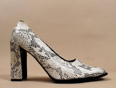 Vtg SNAKE Print Chunky High Heel | Trending accessories | Scoop.it