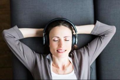 Un tiers des Français écoutent de la musique en ligne | baromètre Music UsagesGFK | Radio 2.0 (En & Fr) | Scoop.it
