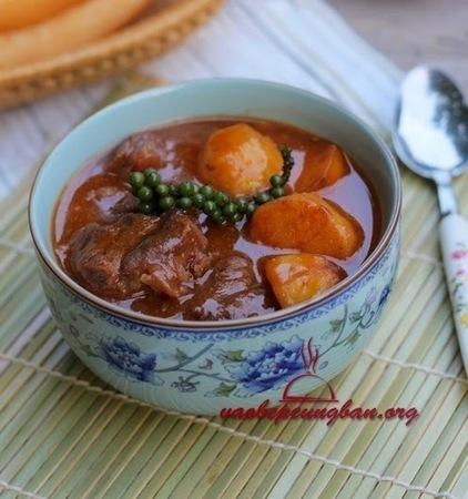Cách làm Bắp bò hầm tiêu xanh - Vào Bếp học nấu ăn ngon | Blog dạy nấu ăn ngon | Ẩm thực ngon | Những món ăn ngon | Scoop.it
